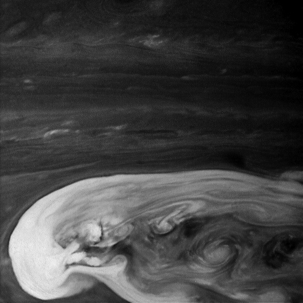 Сатурнианский шторм