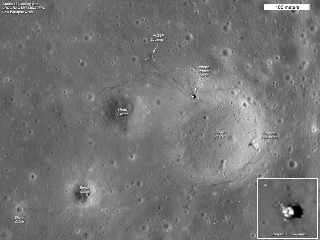 Место высадки команды Аполлон-12, снятое LRO