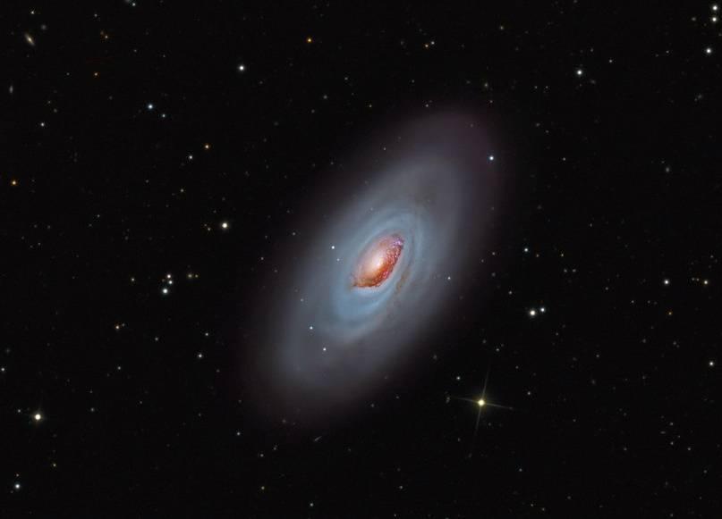 Галактика M64