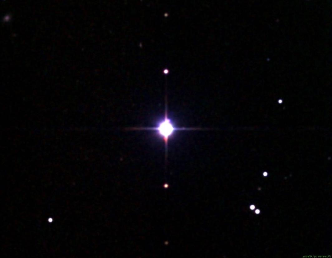 UV Кита или Gliese 65 в ИК диапазоне