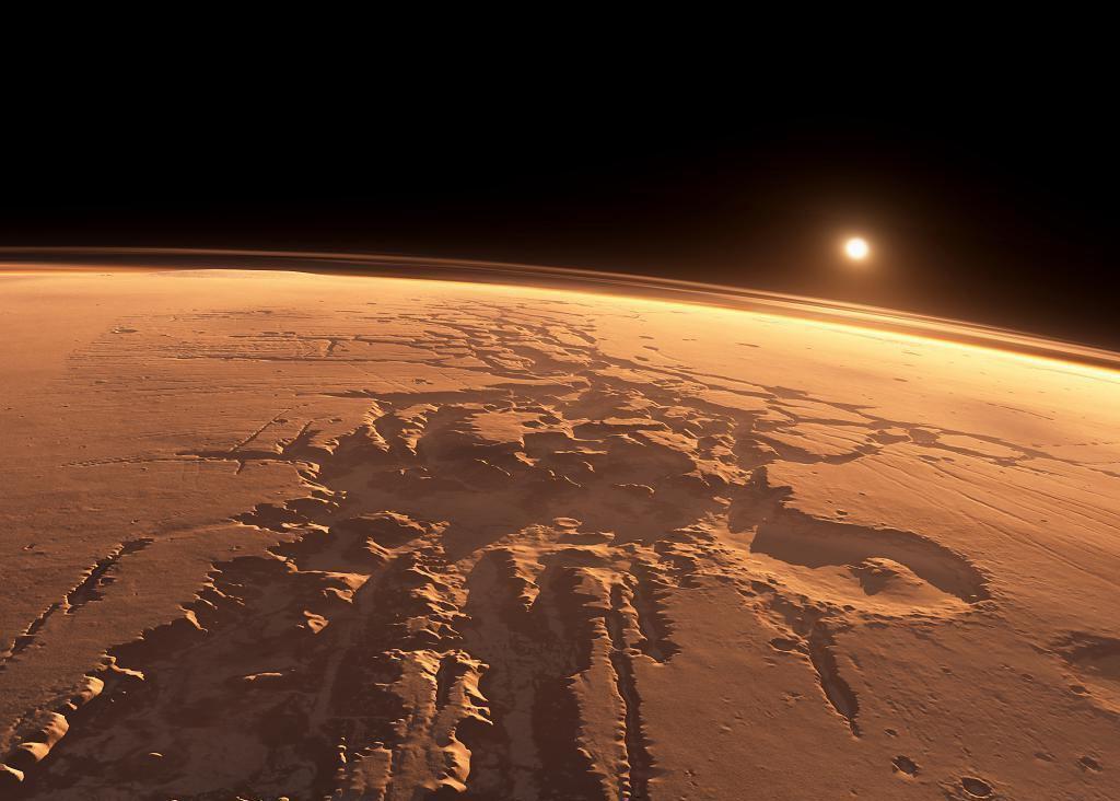 Лабиринт ночи на Марсе, вид с орбиты