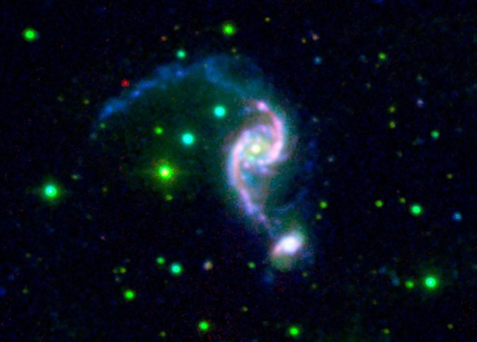 NGC 2535, снимок ИК телескопа Спитцер