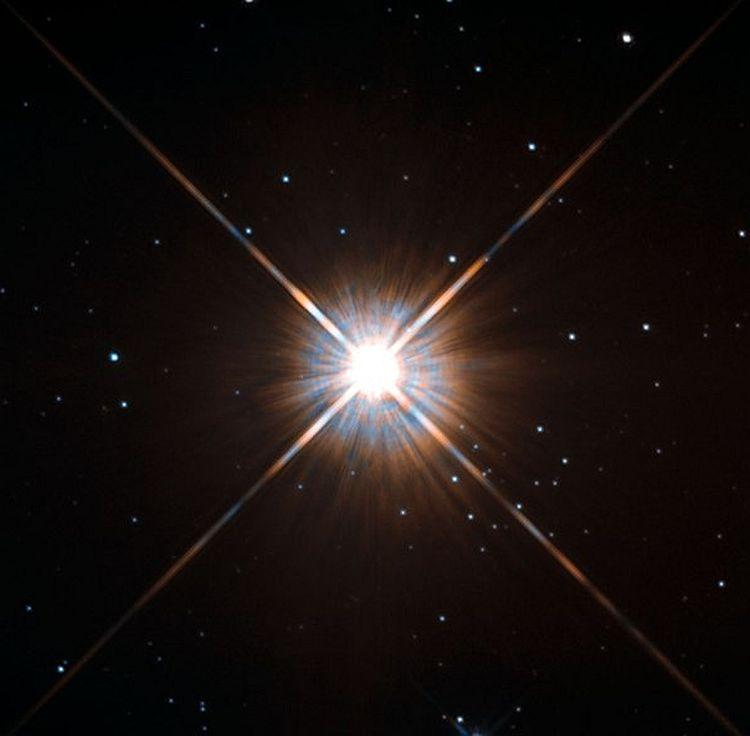 неизвестно, проксима центавра фото из космоса использовать свой размер