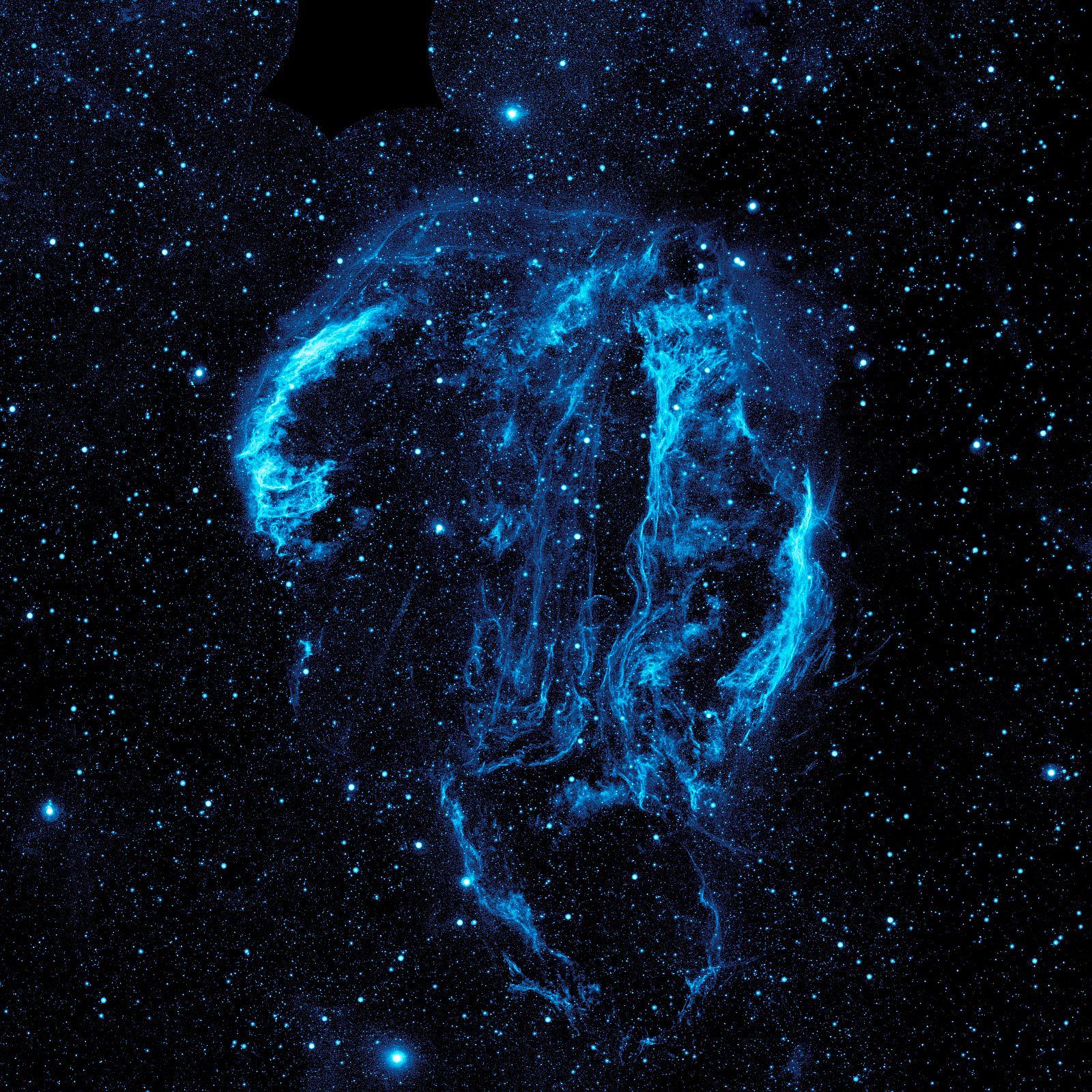 Туманность петля Лебедя, УФ снимок