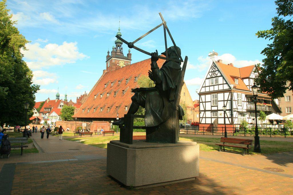 Памятник Яну Гевелию в Гданьске