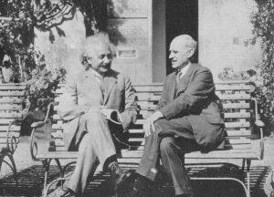 Артур Эддингтон и Энштейн