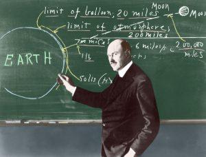 В 1911 Годдард получает степень кандидата физических наук
