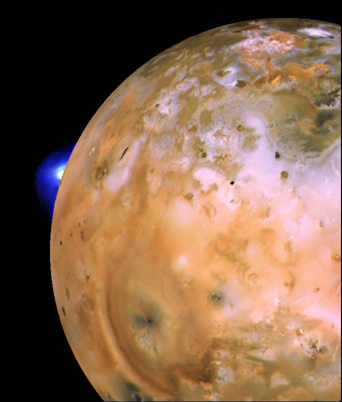 Ио, ближайший к планете, из крупнейших четырех спутников Юпитера