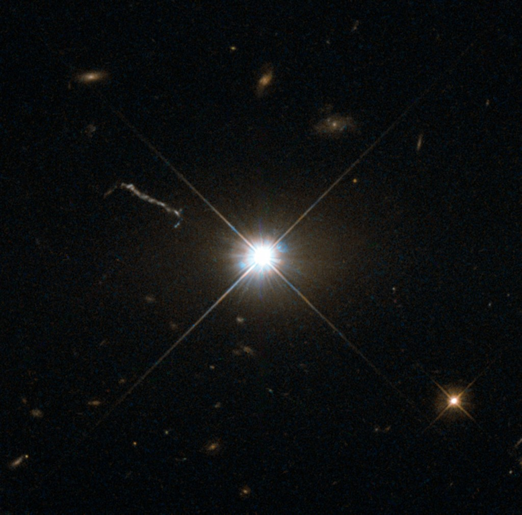 Что из себя представляют квазары?