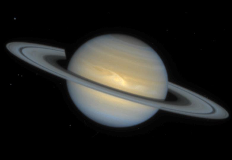 Космический снимок планеты Сатурн выполнен телескопом Хаббл