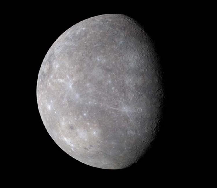 Цветной снимок Меркурия, с космического аппарата MESSENGER
