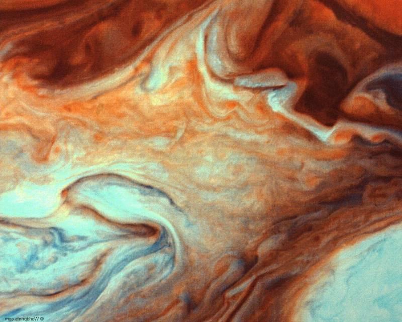 Цвет планеты формирует ее атмосфера