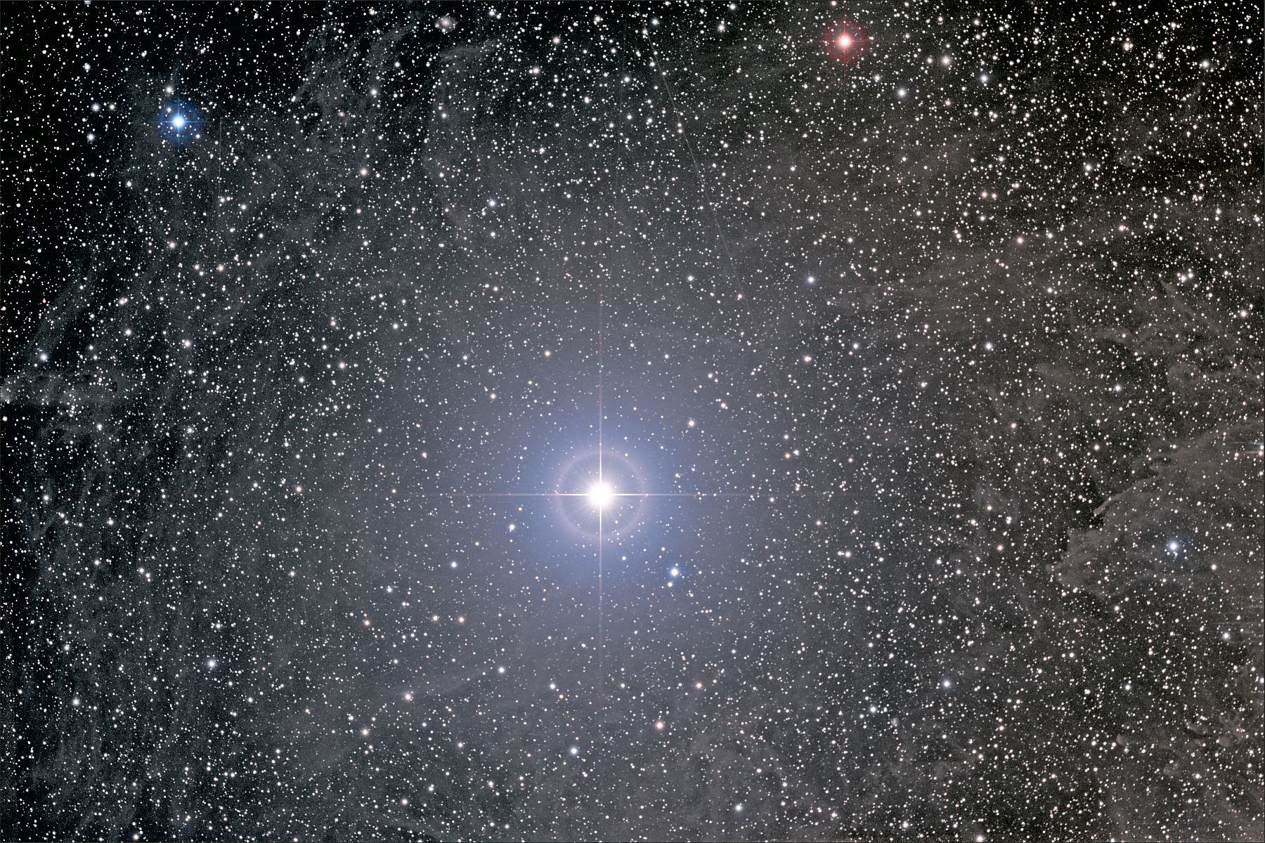 Туманность вокруг Полярной