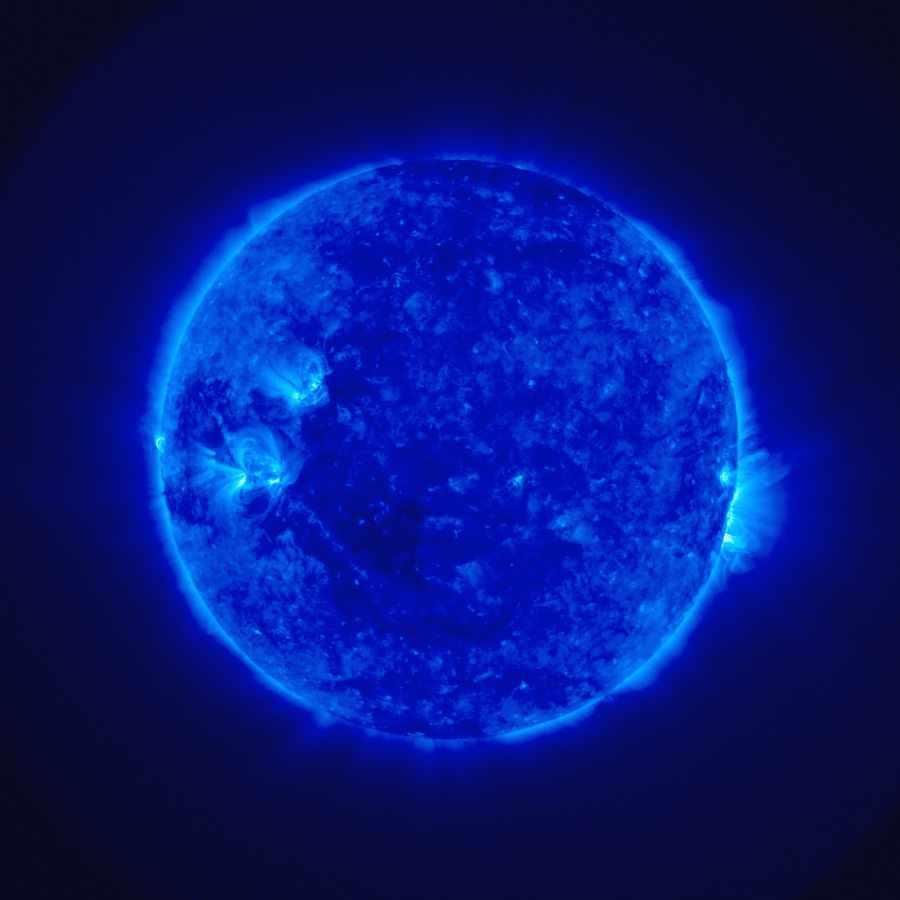 Первый снимок космического зонда Stereo