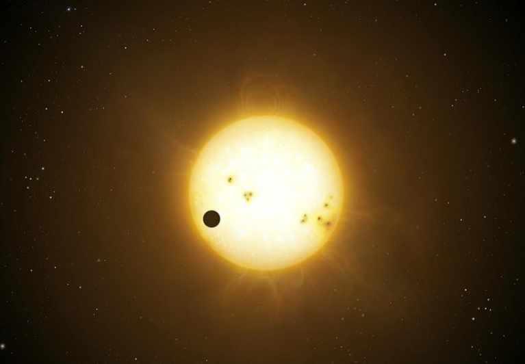 Рисунок Венеры на фоне Солнца