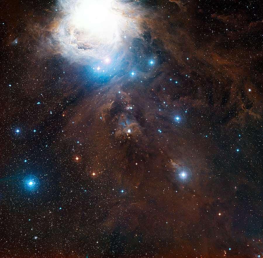 Панорамное изображение участка вокруг NGC 1999 в Орионе