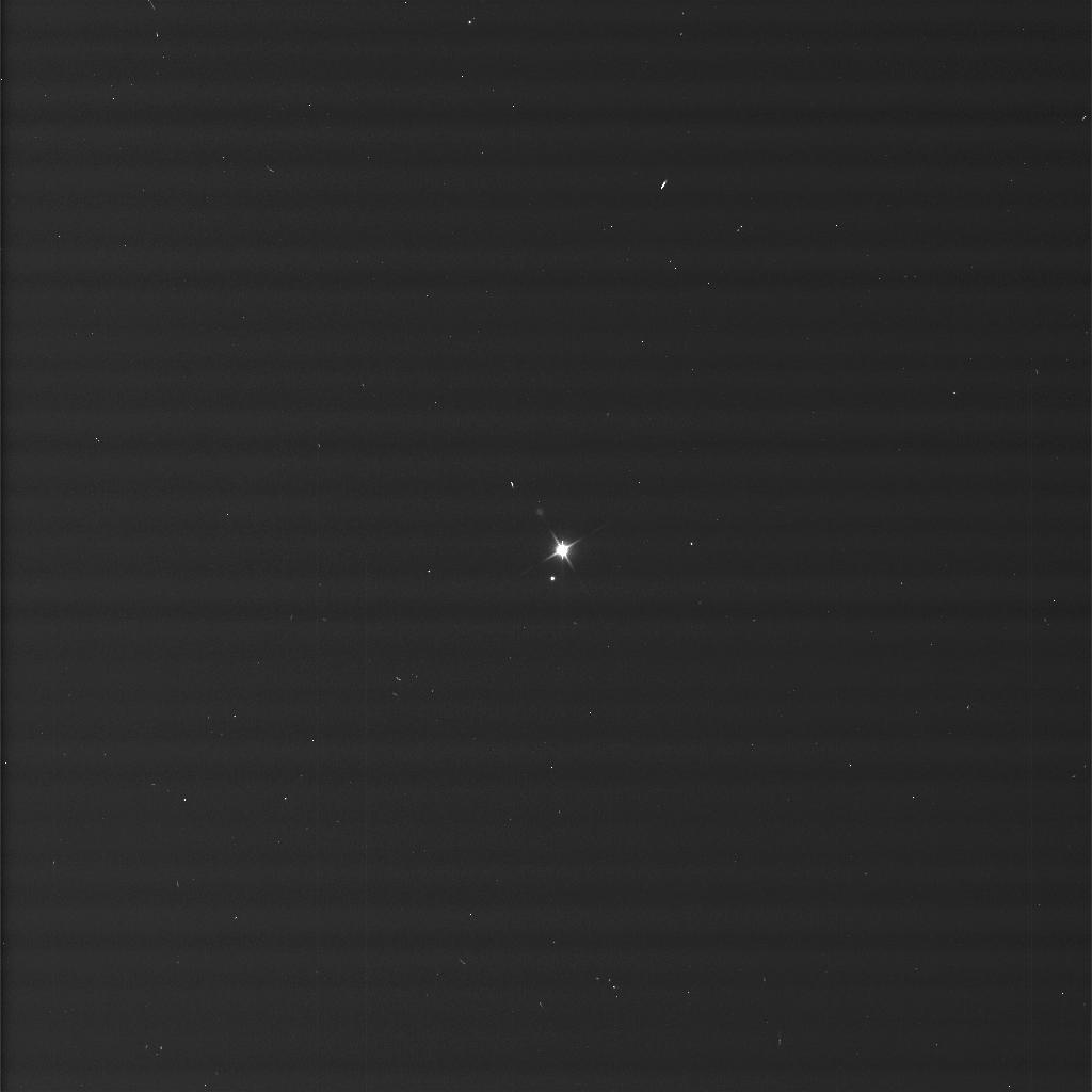 Земля и Луна, необработанный снимок Кассини