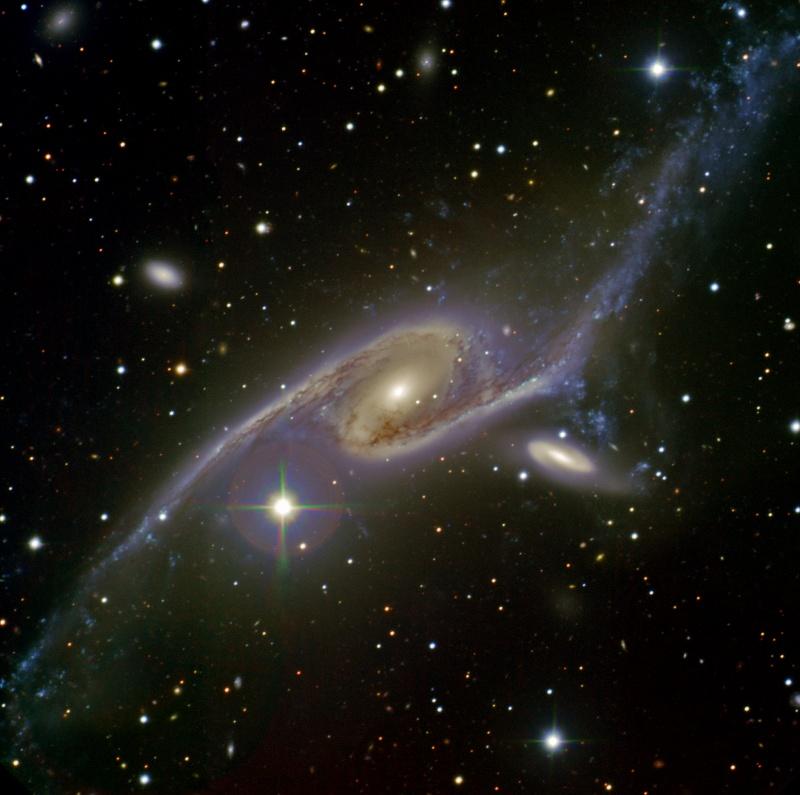 Галактика NGC 6872