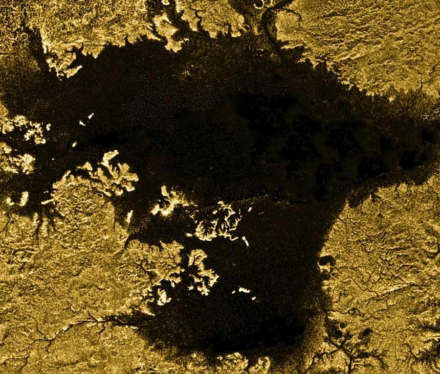 Углеводородное море Лигеи - второе по величине