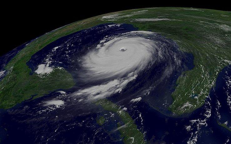 Ураган Катрина, незадолго до обрушения на Луизиану.
