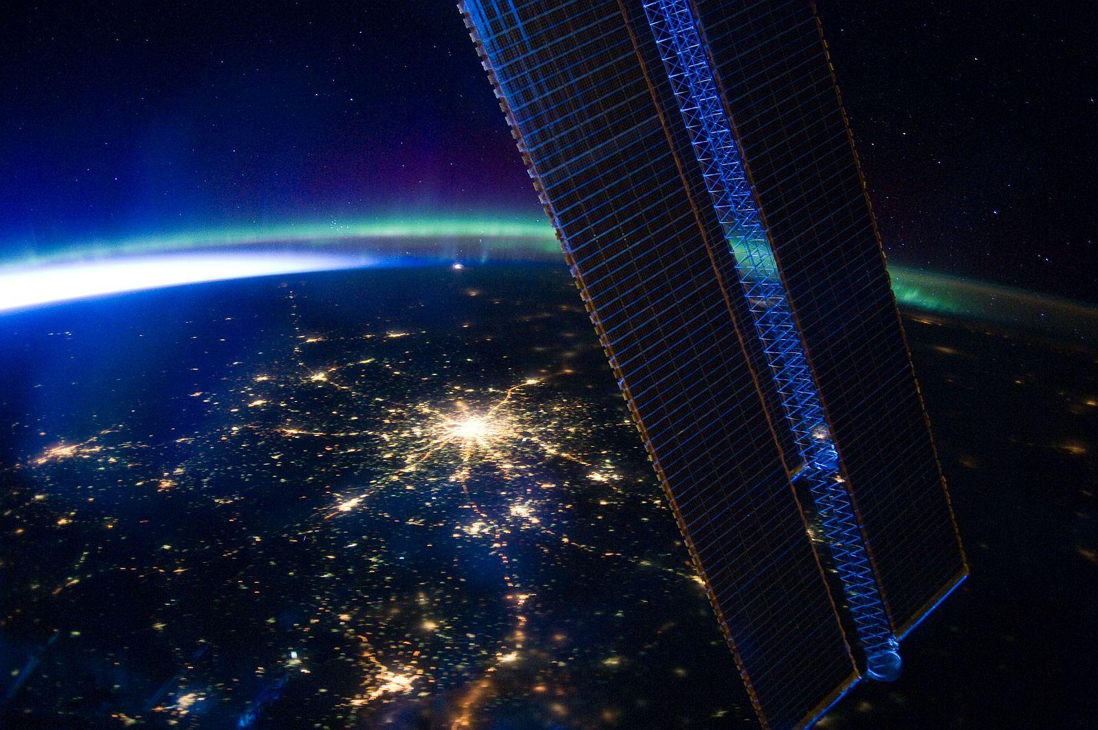 Москва с орбиты