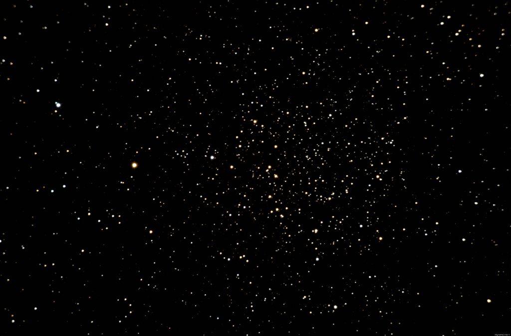 Центр рассеянного скопления NGC 7789