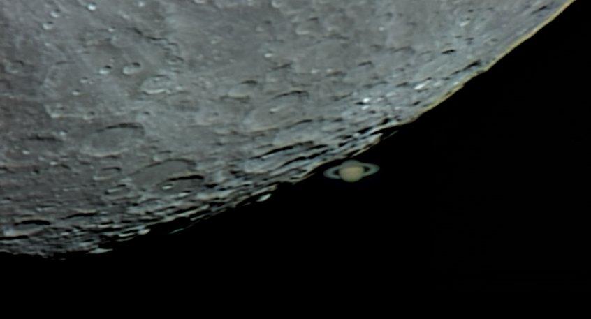 Покрытие Луной Сатурна
