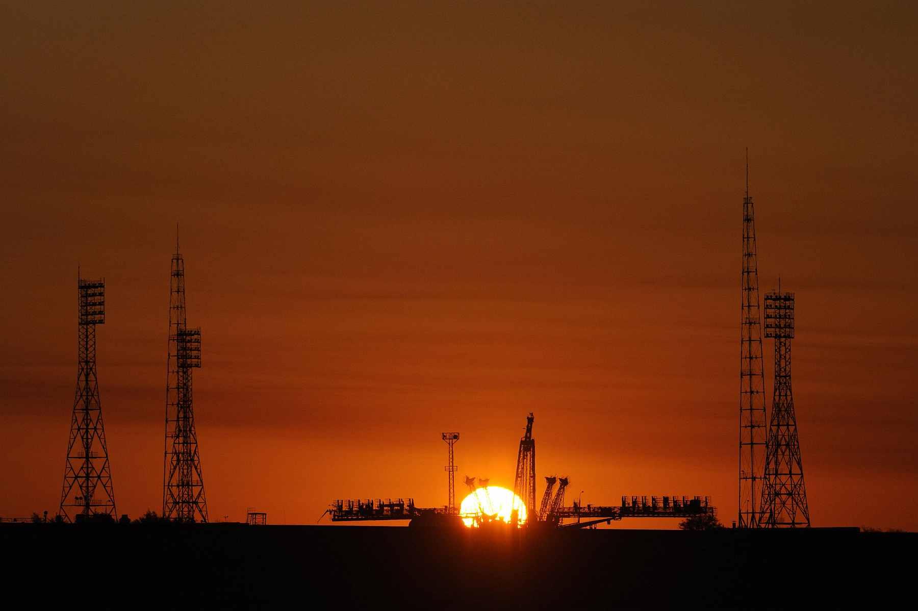 Стартовая площадка Байконура на закате