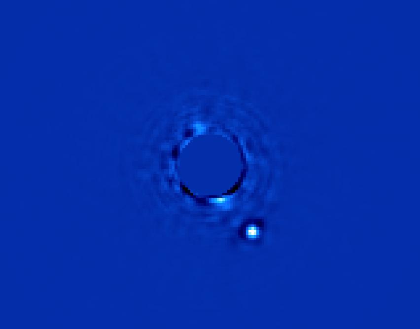 Планетная система HR 8799