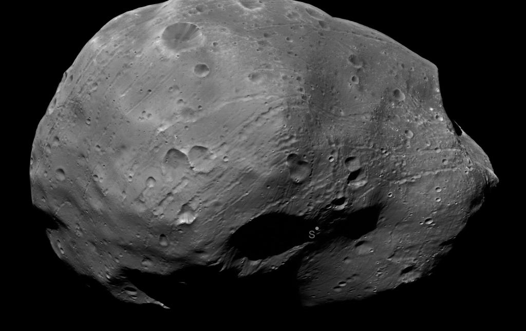 9 января 2011 года Mars Express пролетел от Фобоса на расстоянии всего 111 километров