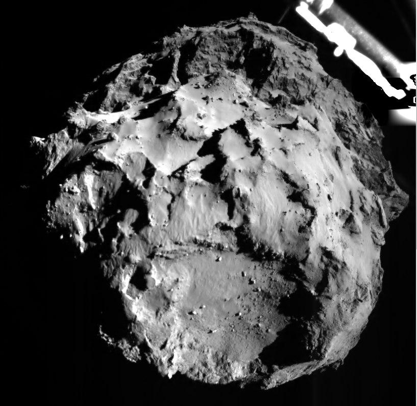 Снимок кометы в 3 км от поверхности