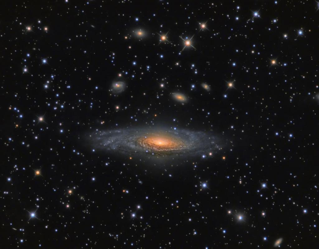 Снимок спиральной галактики NGC 7331, автор Steve Martin