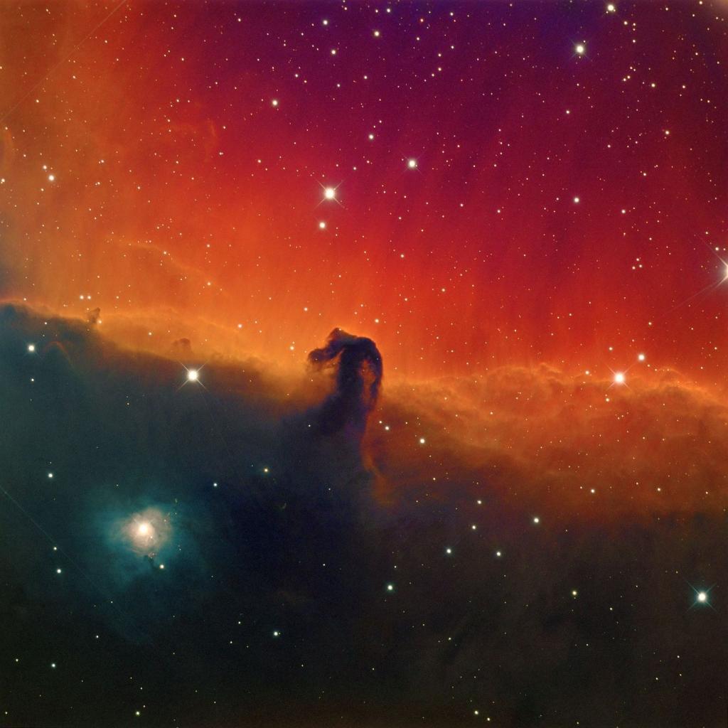 Снимок туманности Конская голова с общей выдержкой 38 часов
