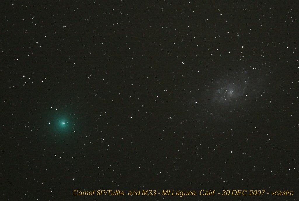 Комета 8P/Туттля и галактика M33