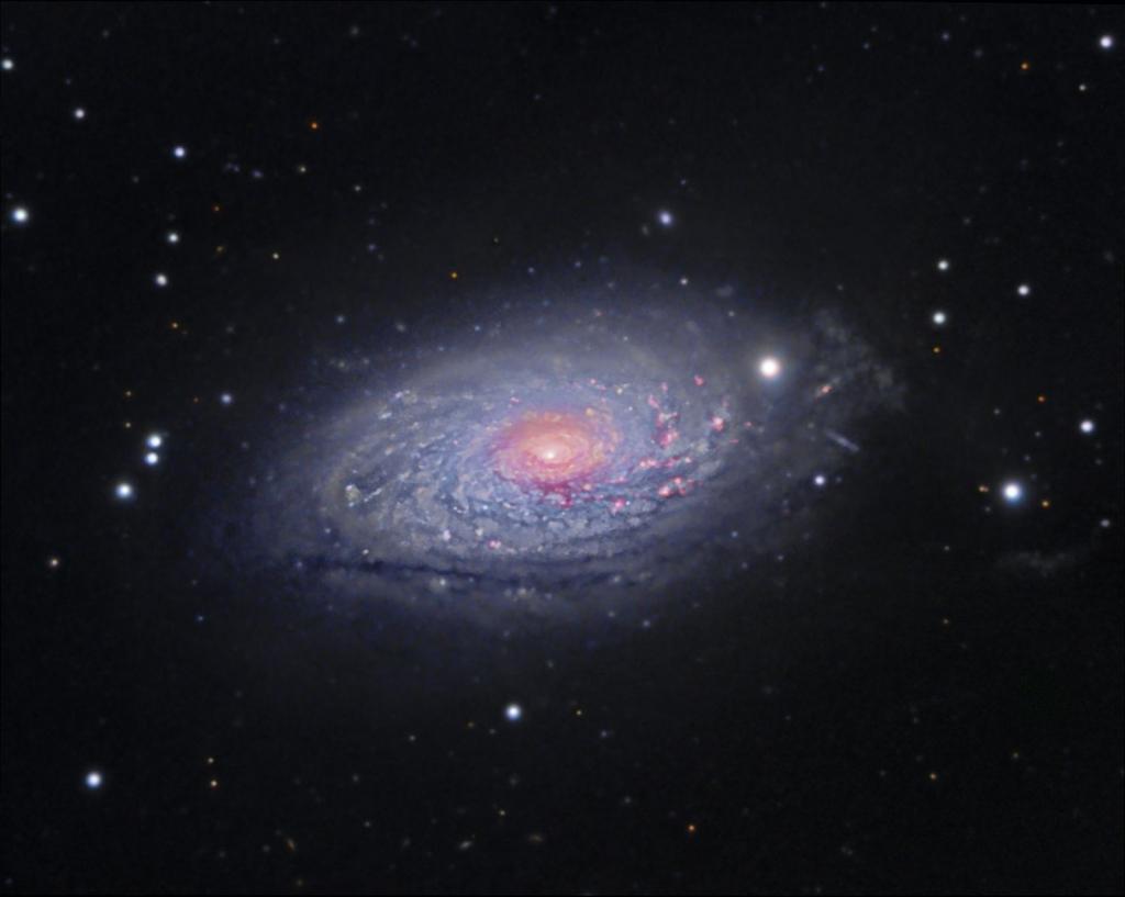 M63 или NGC 5055 - галактика Подсолнух