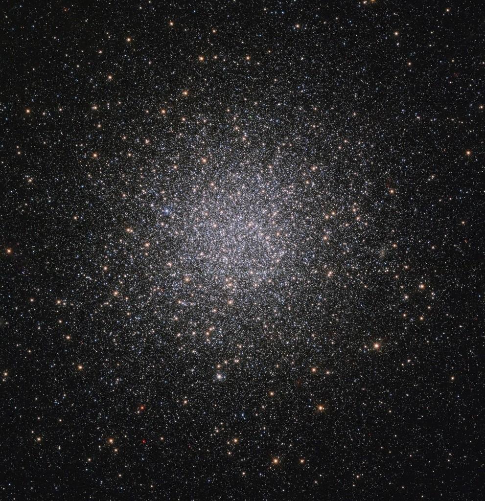 Детализированный снимок NGC 2419 - шарового скопления в созвездии Рысь
