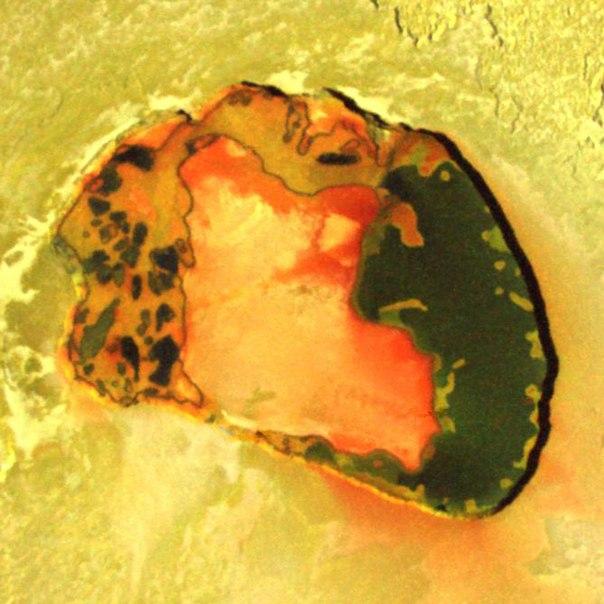 Замечательные цвета в вулканическом кратере Патера на спутнике Юпитера Ио