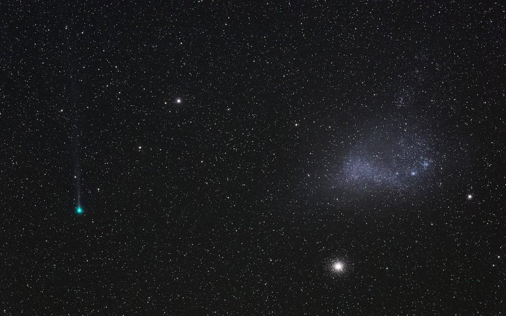 Комета Леммон и Малое Магелланово облако.