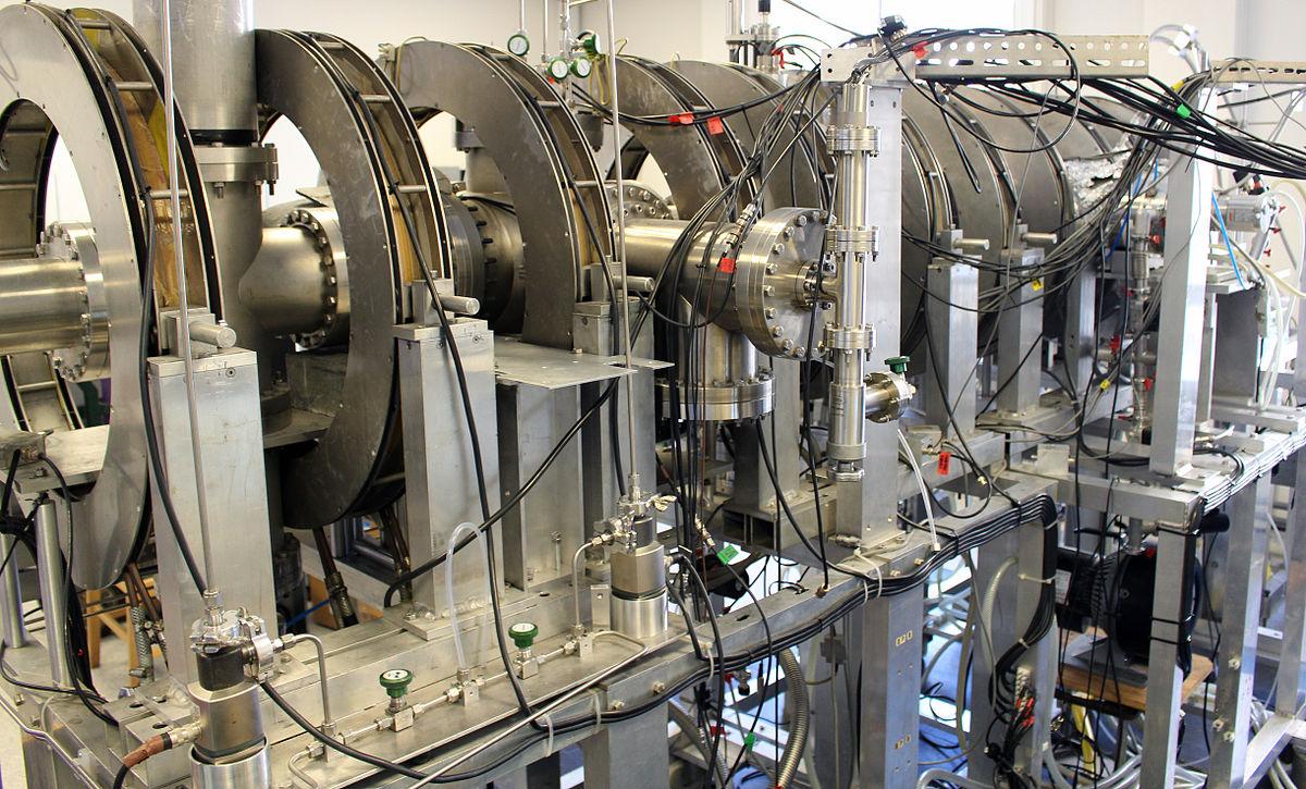Для того, чтобы получить позитроний сегодня, ученым нужна массивная сложная аппаратура. Но в конце он будет единственным, что может существовать.