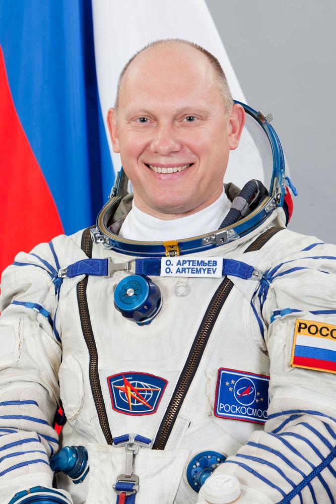 Космонавт Артемьев Олег Германович