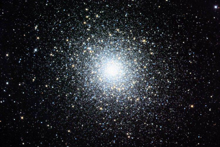 SHarovoe skoplenie M10 e1490975129310 - Шаровое скопление М10