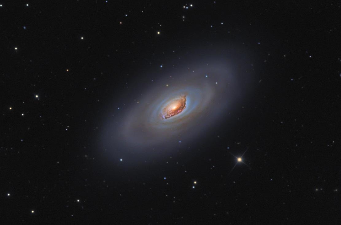 Галактика Черный Глаз или Мессье 64