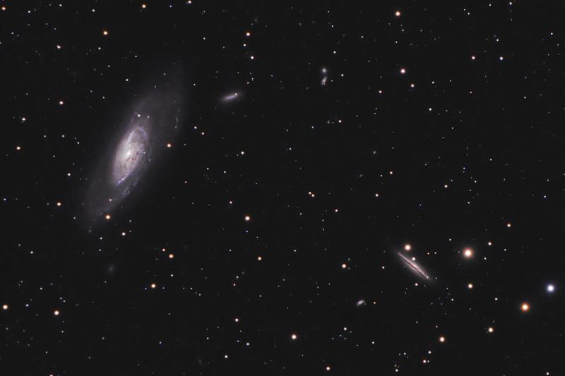 Галактика M106 и ее спутник NGC 4217