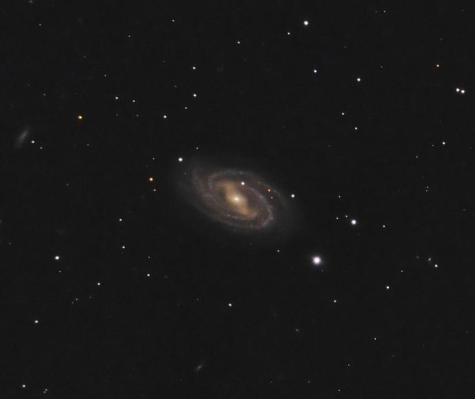 Галактика Мессье 109