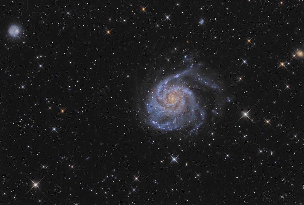 Галактика Вертушка M101
