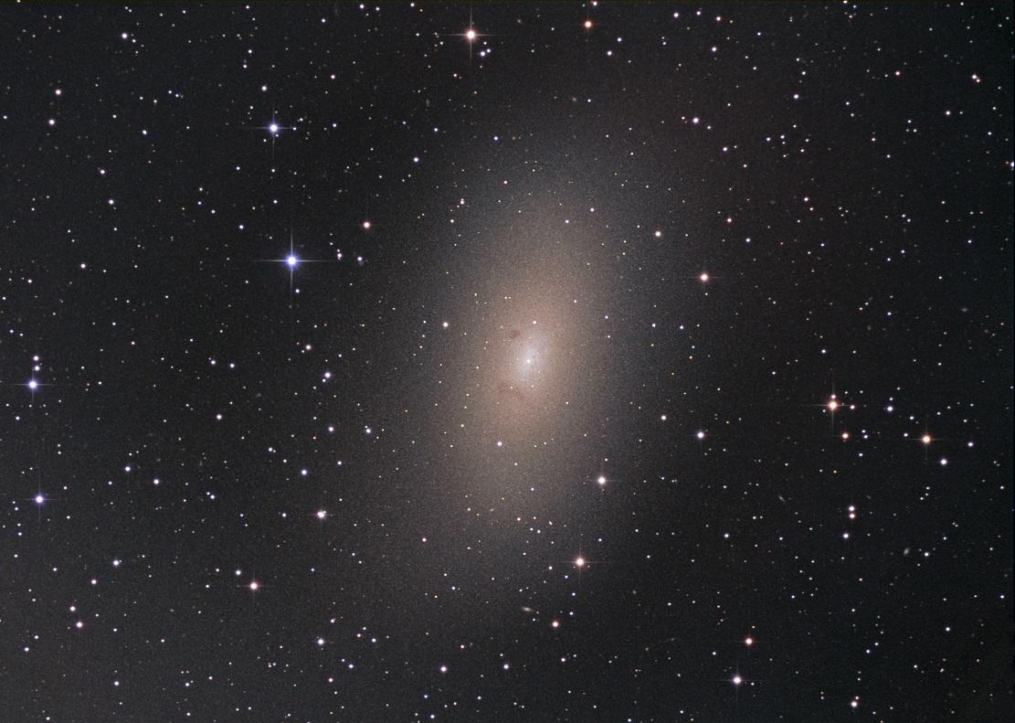 Галактика M110