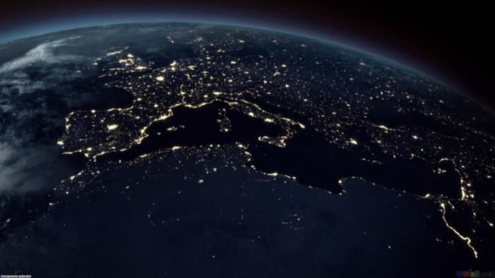 Ночная фотография поверхности Земли из космоса