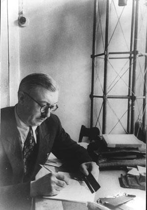 Начало 1950-х гг. Воронцов-Вельяминов в лаборатории на Красной Пресне.