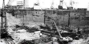 Фотография котлована под первым стартовым комплексом