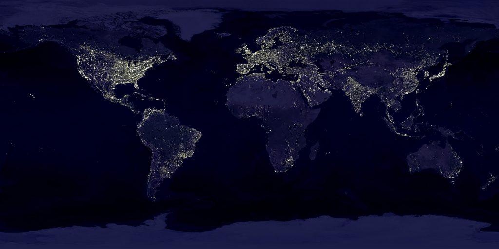 Ночные наблюдения со спутников позволяют беспристрастно картографировать регионы поверхности Земли с различной освещённостью